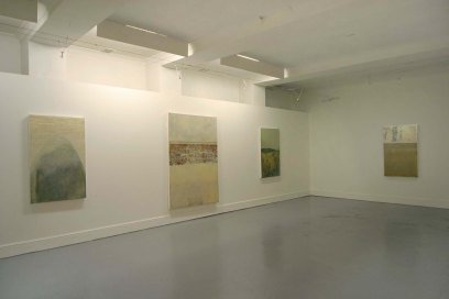 2 exhibition space          cross gallery 2004