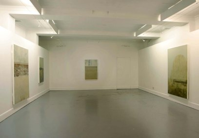 3 exhibition space               cross gallery 2004